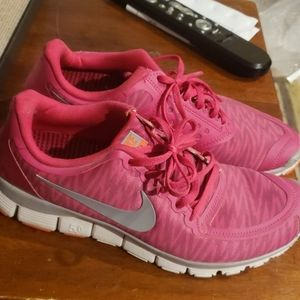 Nike Free 5.0 Womens Shoes- Pink Size 10